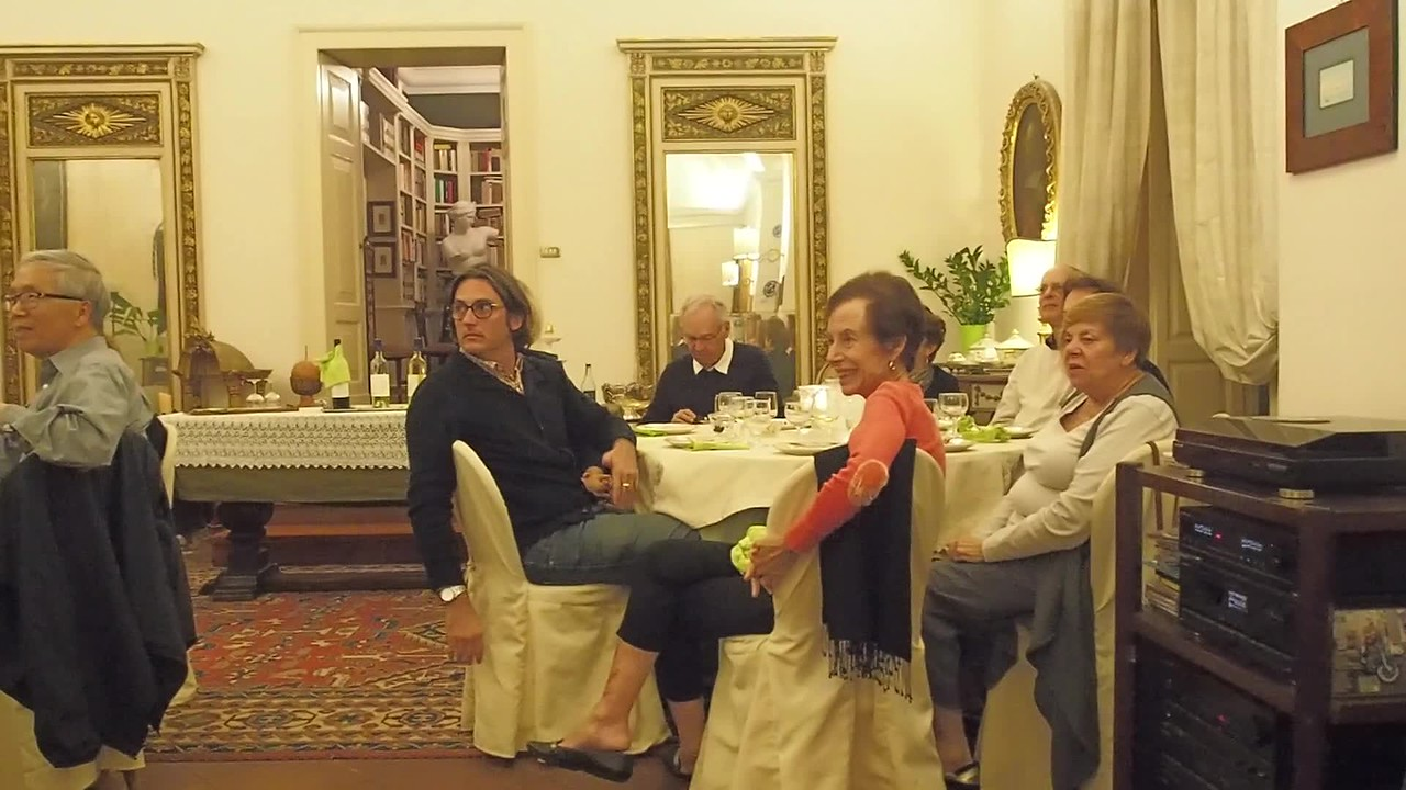 Video of performance by folk group  Ciramu at Palazzo Mauricio (click on symbol at bottom left)