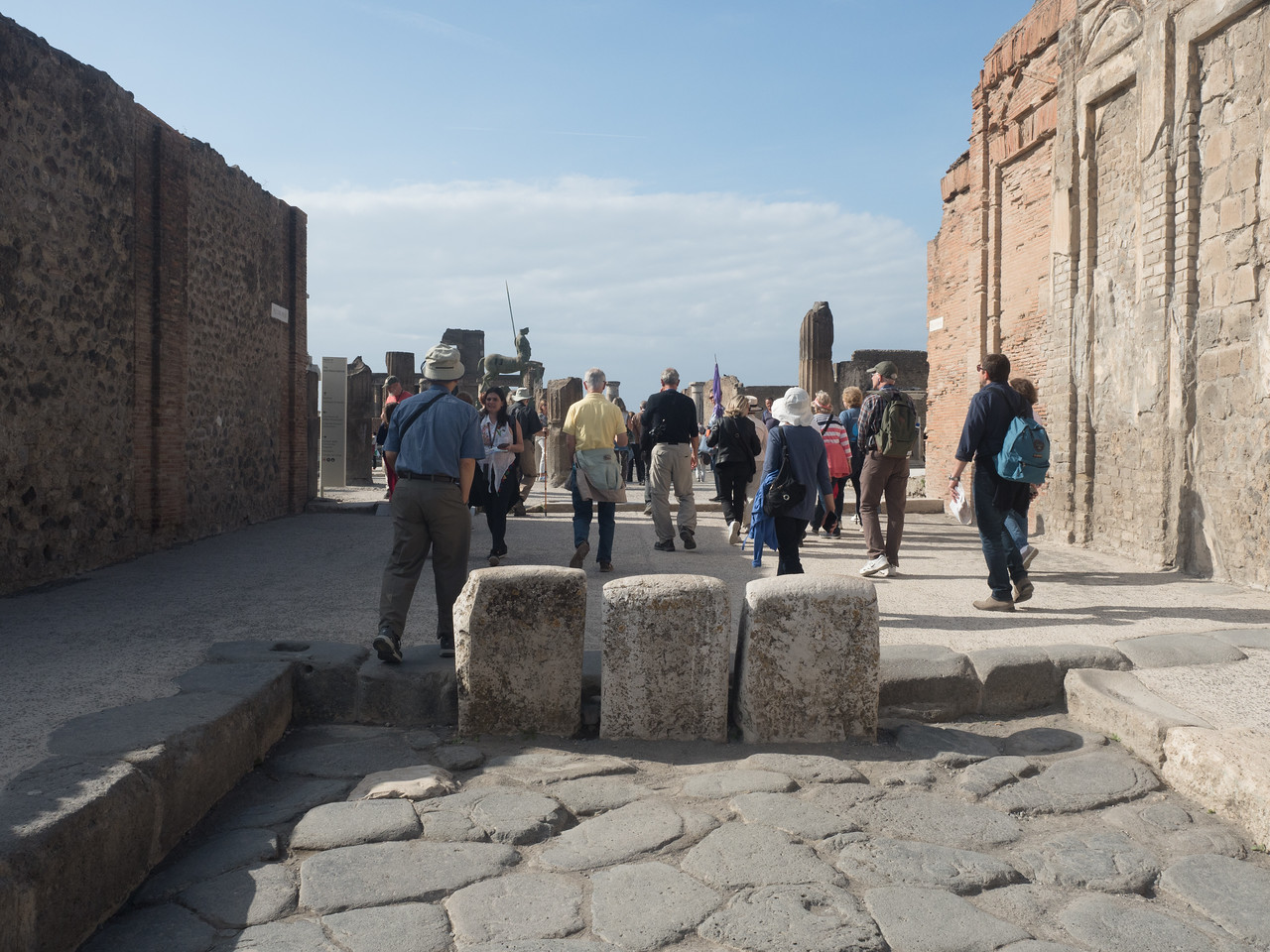 to the Forum, Pompeii