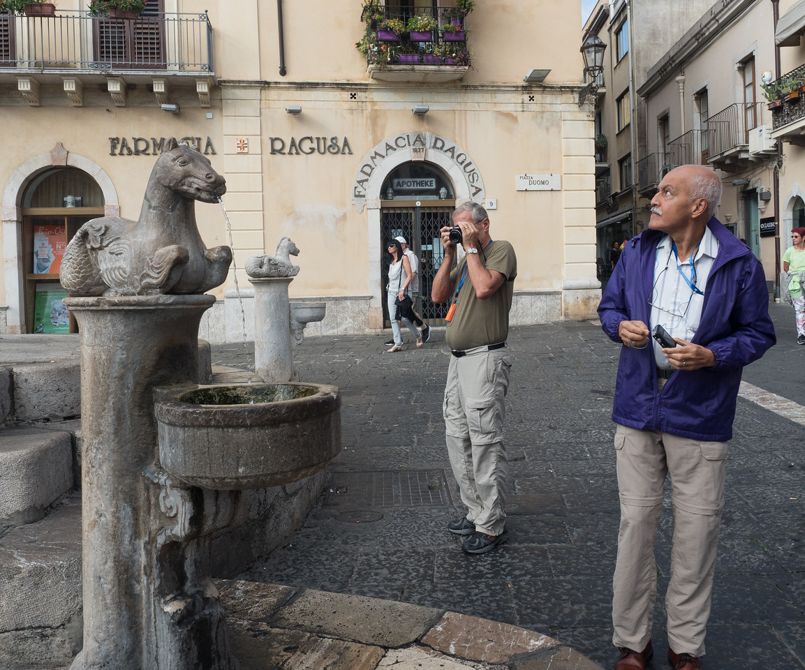Saul and Alberto in the Piazza Duomo, Taormina