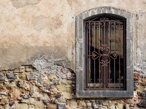 Loving the windows in Castiglione di Sicilia