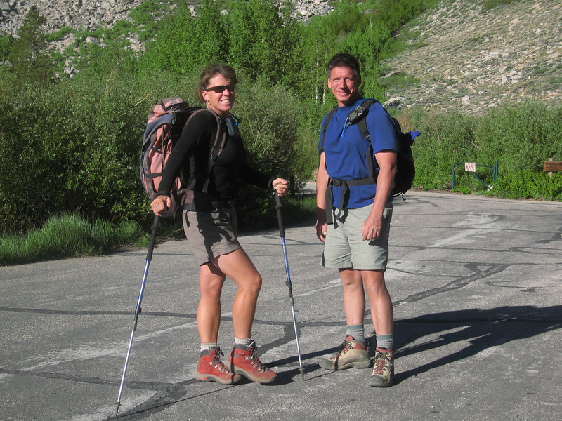 Rachel & Tomcat at Onion Valley trailhead - you gotta love them red boots