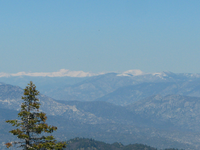 the Sierras are failry clear - noted peaks include Olancha, Langley and Whitney