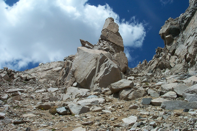 Nice looking rock formation as I approach the top.