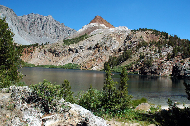 Chocolate Peak from Bull Lake. Easy to see how it got it's name.