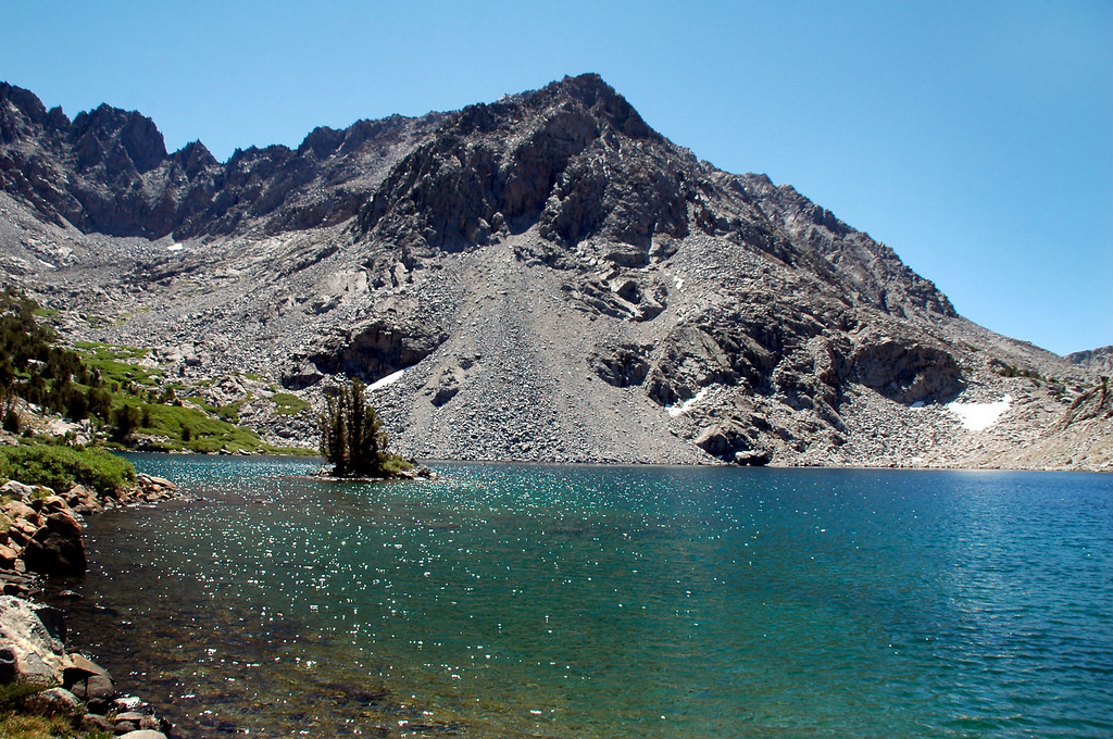 Picture Puzzle (13,501 feet) from Ruwau Lake.