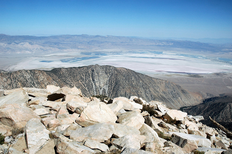 Timosea Peak and Owens Lake to the east.