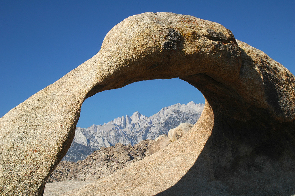 The arch with Mount Whitney.
