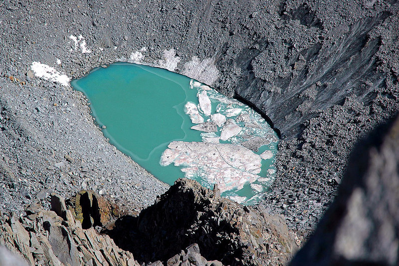 Zoomed in on one of the glacier lakes 1,400' below.