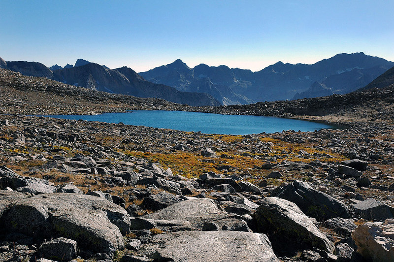 The unnamed lake on Bishop Pass.