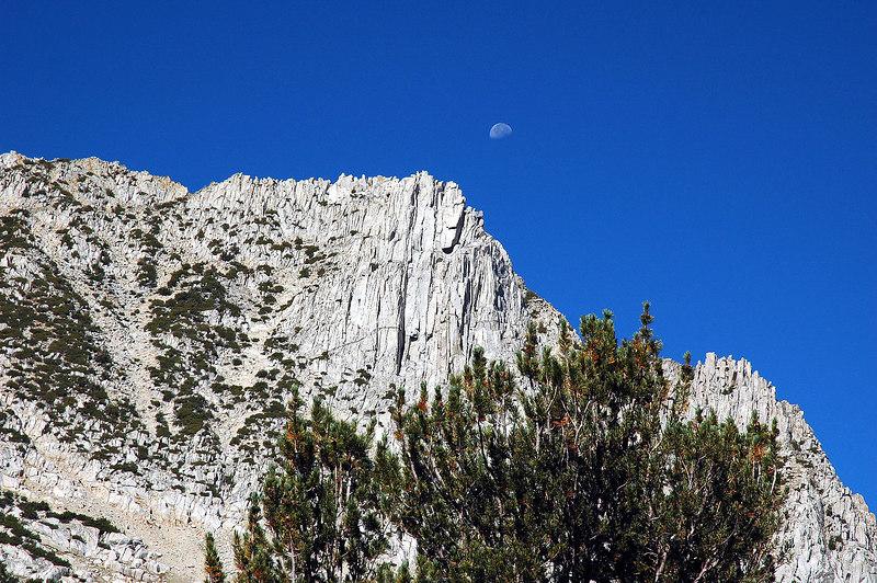 Zoomed in on the moon over Hurd Peak.