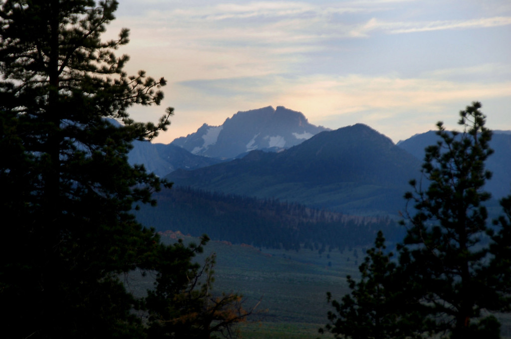 We also had a view of Banner Peak and Mount Ritter to the southwest.