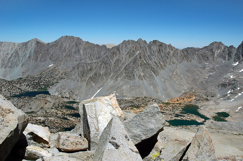 The center peak is Picture Puzzle 13,280'.