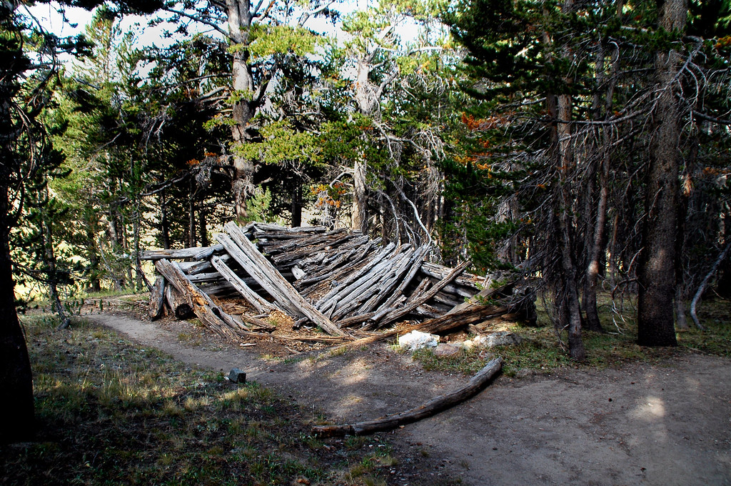 The old Cabin at the Parker Pass, Mono Pass trail intersection.