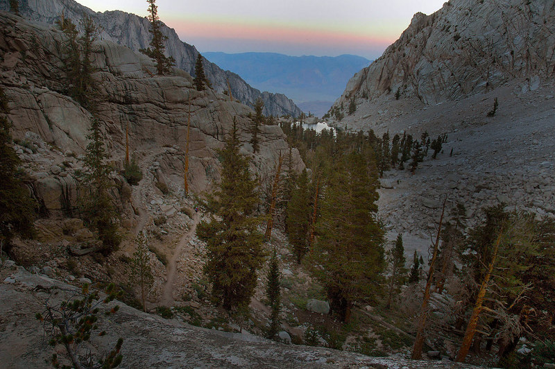 Nearing Lone Pine Lake as the sun starts to set.