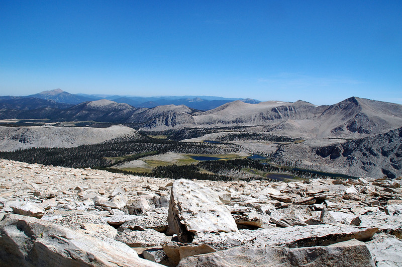 Looking south down into the Cottonwood Lakes area.