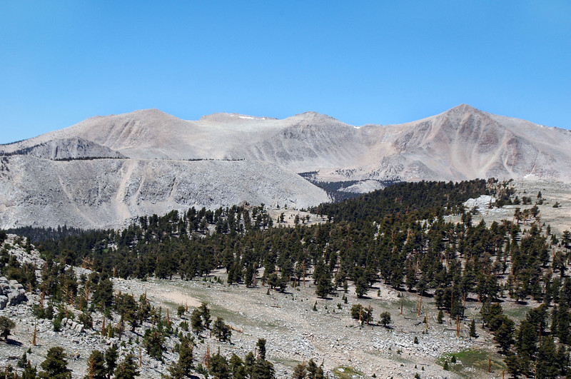 Zoomed in on Trailmaster on the left and Cirque Peak on the right.