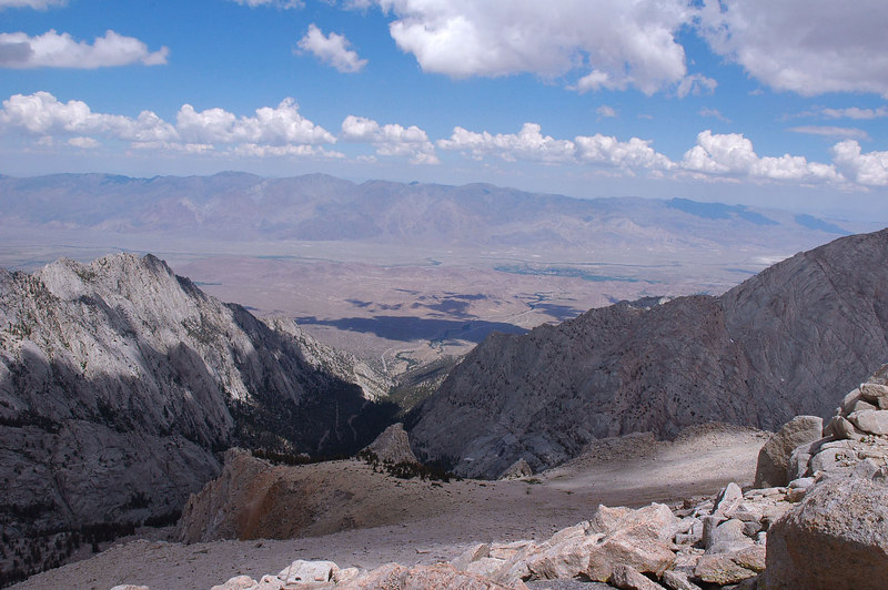 Looking across the Owens Valley at the Inyo Mountains to the east.