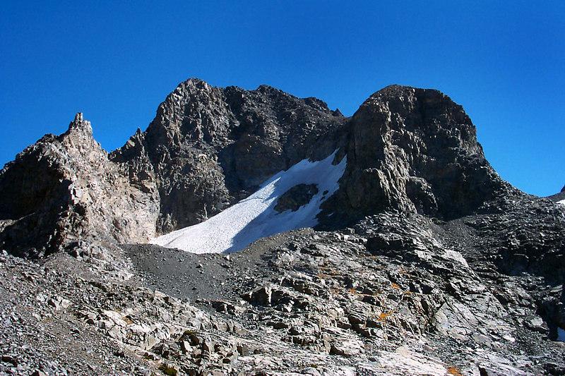 Banner Peak 12,945'.