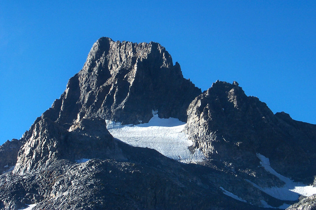 Zoomed in on one of the glaciers on Banner.