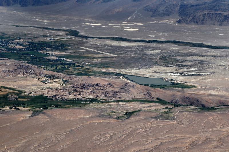 Town of Lone Pine and Diaz Lake.