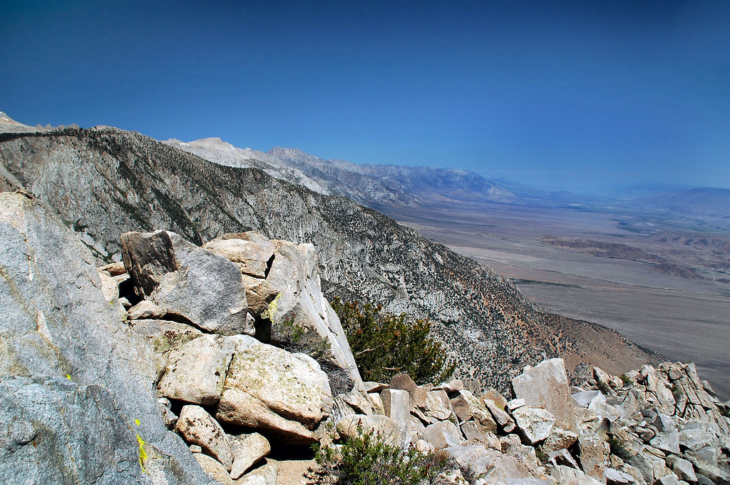 View north up the Owens Valley.