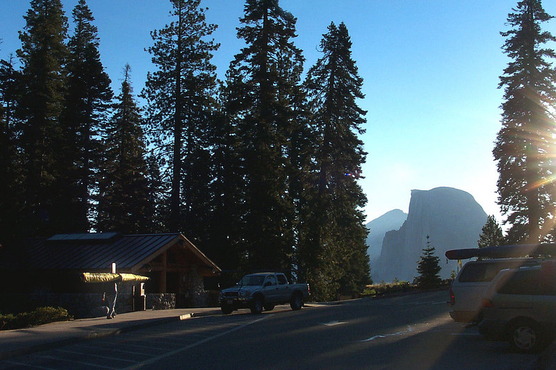 Sunday morning, back at Glacier Point. Clear sky, we get to fly today. This is me carrying the glider to the set up area. Usually we only have to carry the gliders about 50 feet, it was over 300 to the set up area. The gliders weigh 50-80 pounds. Mine is about 60, good thing I brought my lighter one. Photo by Helen
