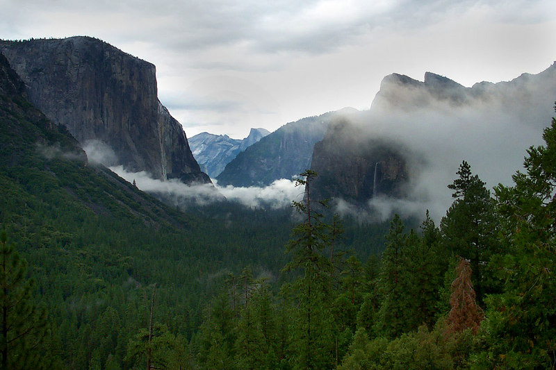 A shot of the valley from the tunnel view turn off. You can see Bridalveil Falls on the right.