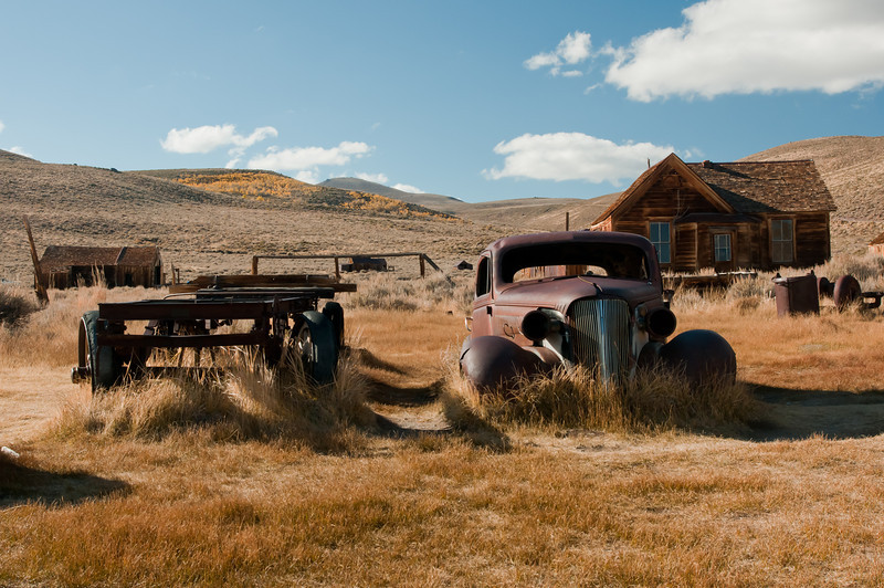 Past modes of transportation weathering in Bodie