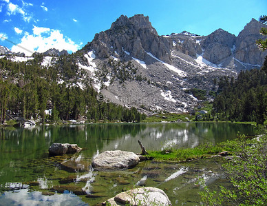 Gilbert Lake on the Kearsarge Pass trail.