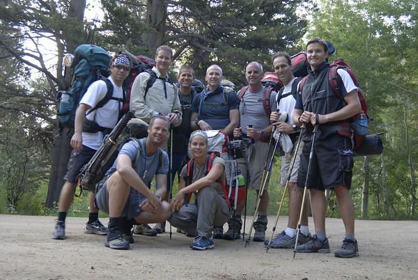 Group photo at the North Lake trailhead.