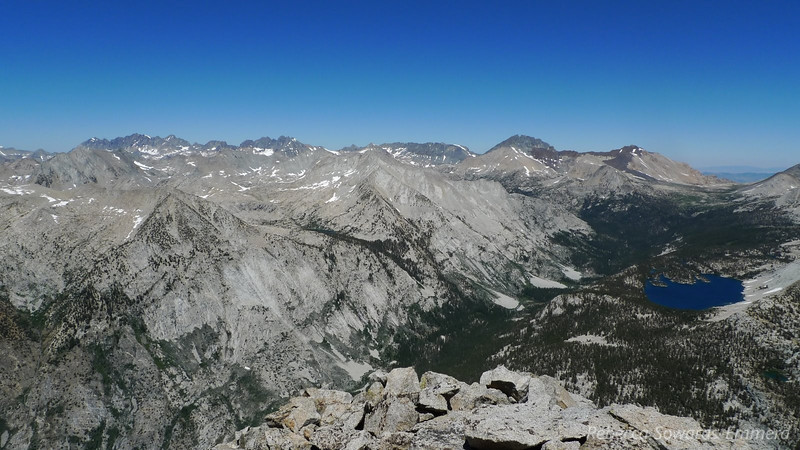 Holy awesome view batman! Arrow is worth the hard work just for this view. Check out Bench Lake, and the South Fork canyon just next to it. I can see the three rock slides we'll be crossing the next day as we take the old JMT towards Cartridge Pass. On the horizon are all kinds of 14ers - the Palisade Crest and Split being the main ones.