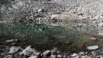 The amazingly clear lower lake.