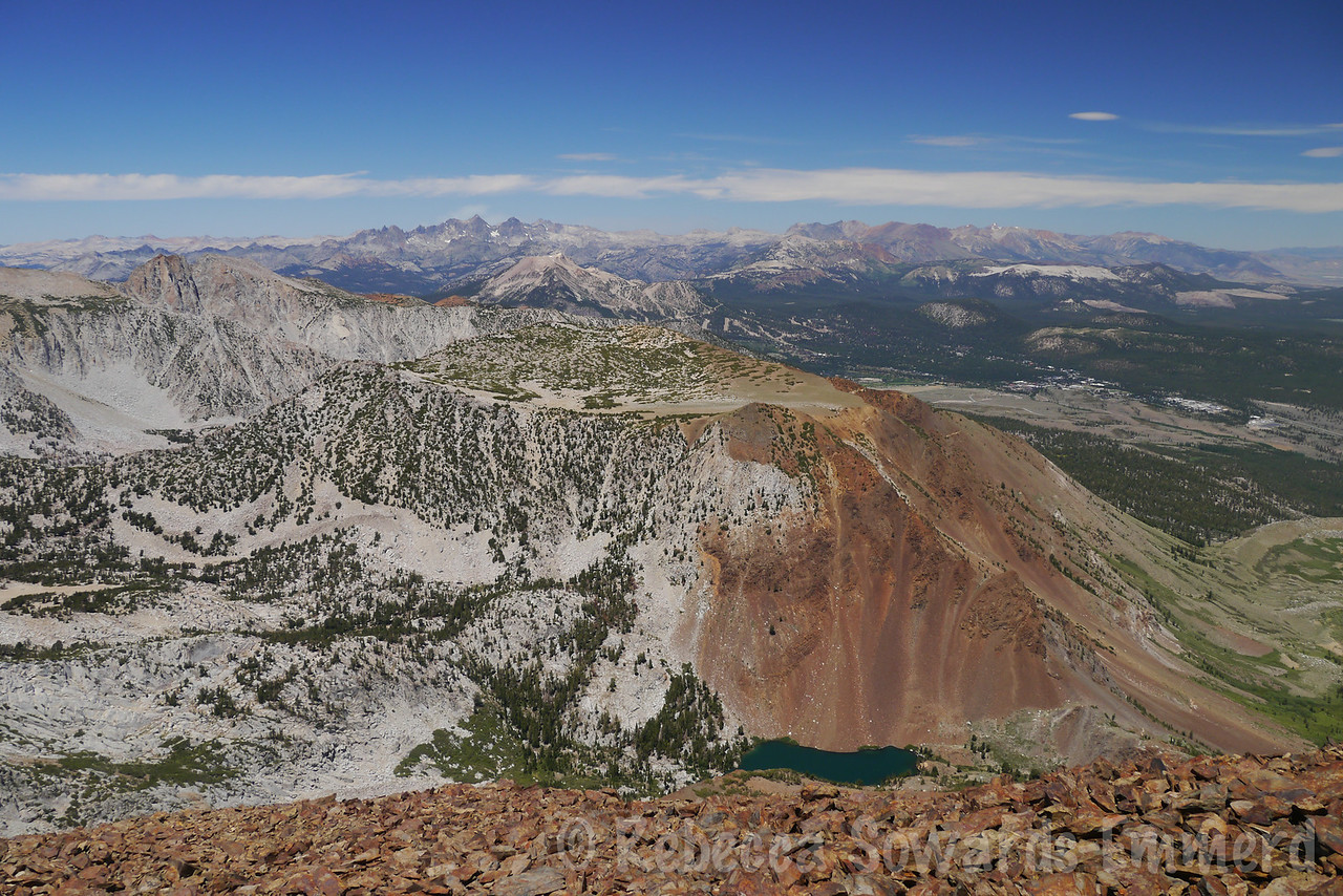Laurel Lake below, Lost World Peak across the way. Beyond Banner and Ritter in the distance we could see smoke from the fire in Yosemite.