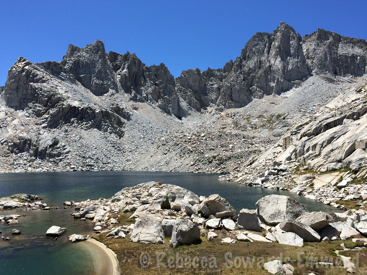 The beautiful Kern-Kings divide towering above the unnamed lake