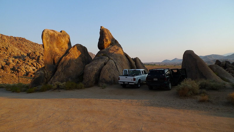 We drove out to Lone Pine on Friday night and met up with Sooz. We crashed at this scenic pullout in the Alabama Hills. Nice sunrise colors.