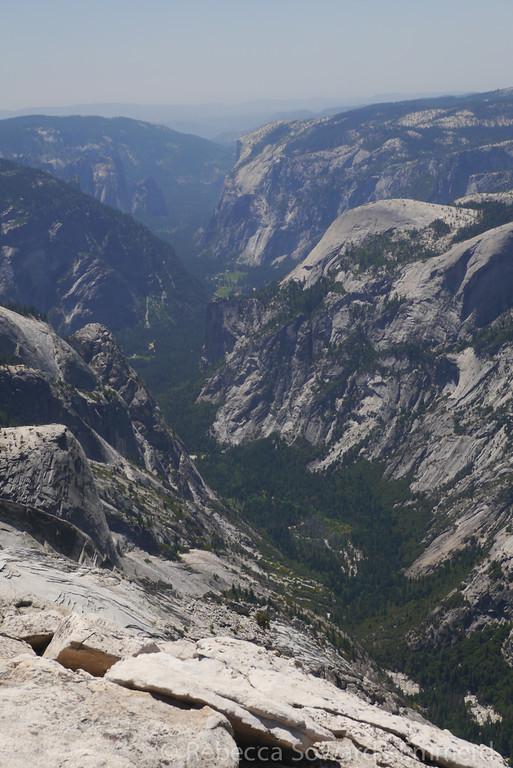 Yosemite Valley. Hellooooo little tiny people!