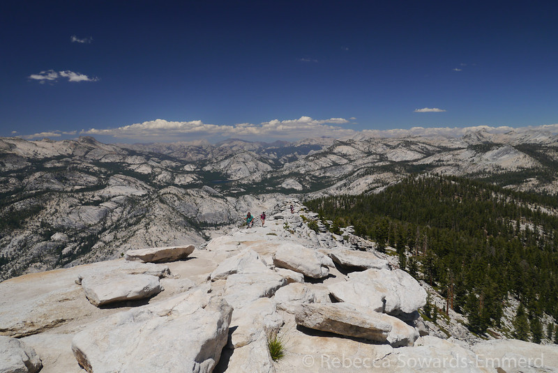 North - Conness and other northern Yosemite/Hoover Wilderness peaks.