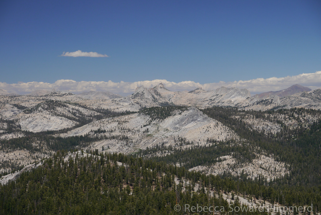 Yosemite peaks without labels...