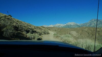 As you start to climb the switchbacks the classic profile of Humphreys, Basin, and Tom come into view.