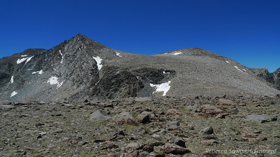 I get to the top of the unnamed bump at 12,400 ft and finally get a closer peek at Vagabond. Up!