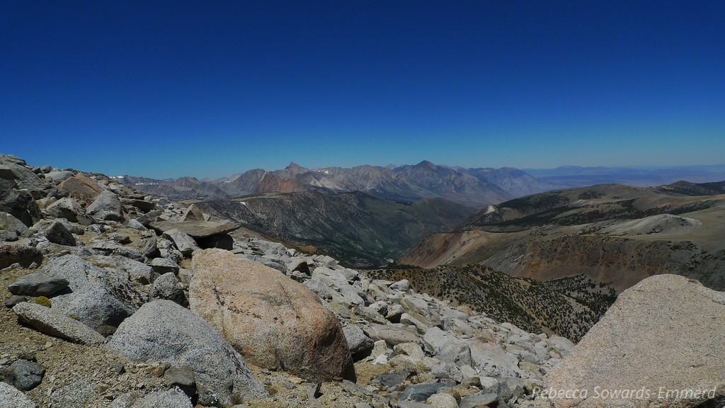 I can see the road to Parchers Camp/South Lake below. Mt Humphreys and mt Tom dominate the view to the North.