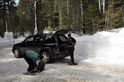 Gearing up at the trailhead