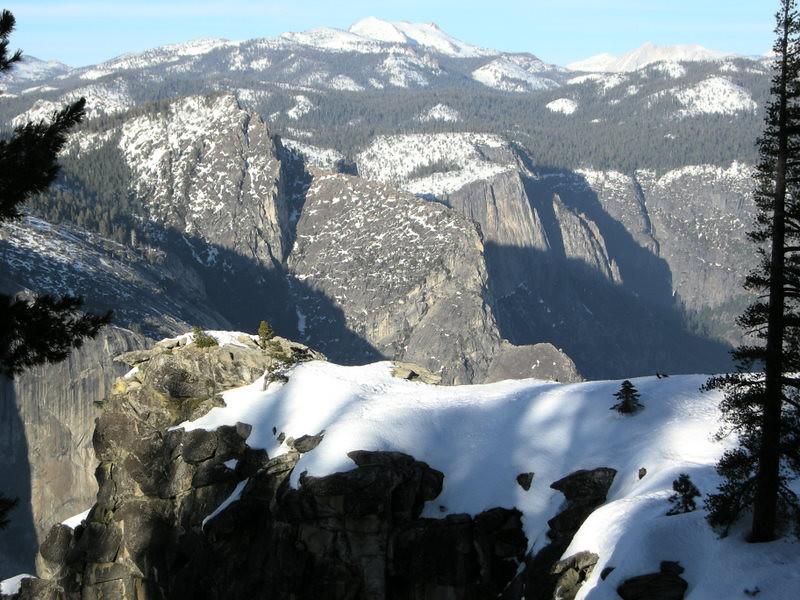 El Cap and Mt Hoffmann