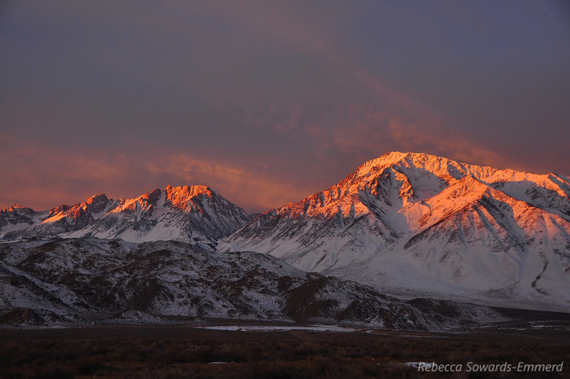 Sunrise, from left to right: Mt Humpreys, Basin Mtn, Mt Tom