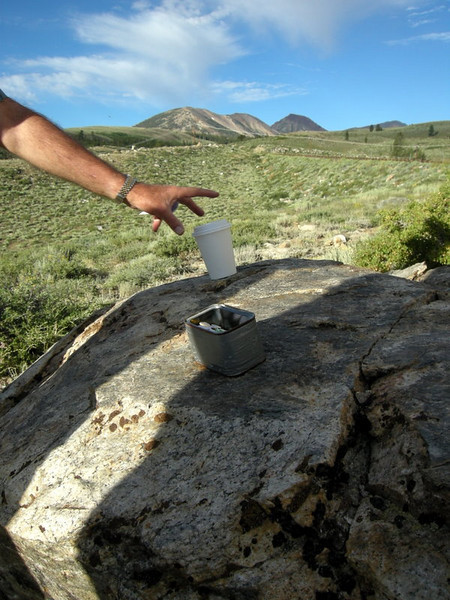 A coffee and an open cache<br /> <br /> Ingredients for a perfect morning, according to Tom and Jim