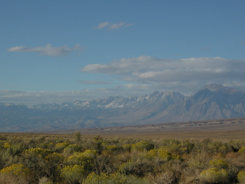 View across the valley to the Sierra.