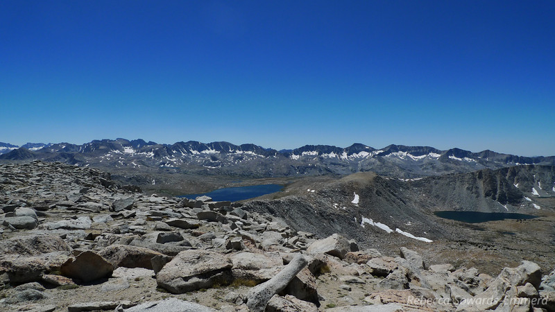 Desolation Lake (star lake on right)