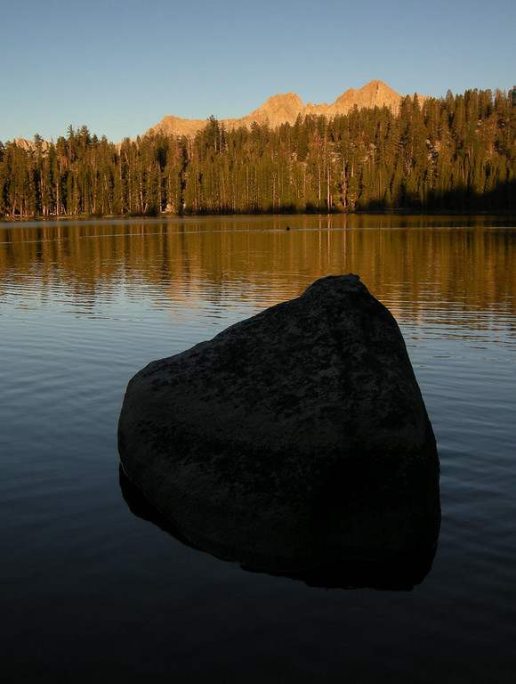 Morning light at Moraine Lake