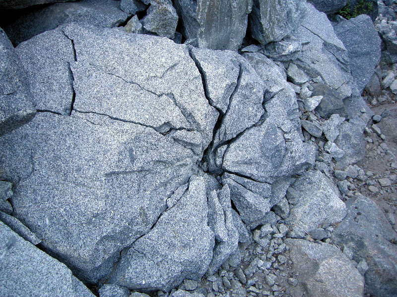 Dynamited granite along the trail