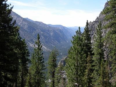 Descending along Funston Creek to Kern Canyon